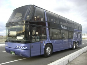 2階バス3列シート46人乗