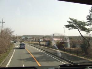バスの車窓から朝霧高原