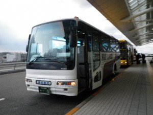 倉成観光中型バス