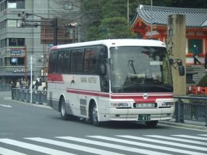 奈良交通中型バス