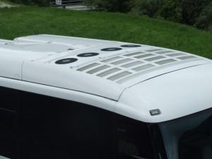 バスの直結式エアコン・パッケージクーラーユニット